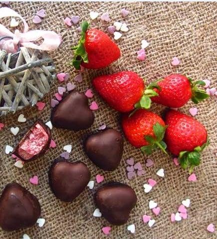 Keto Mint Chocolate Strawberry Fat Bomb