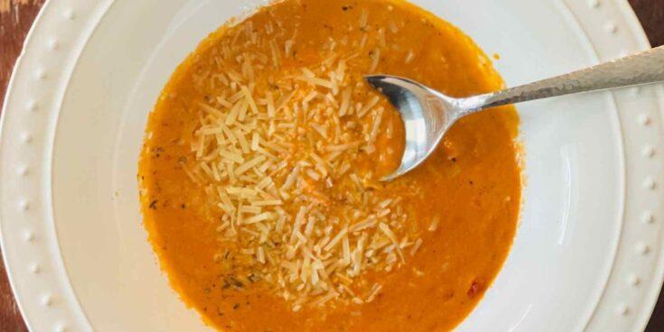keto-tomato-basil-soup-recipe-low-carb-735x368