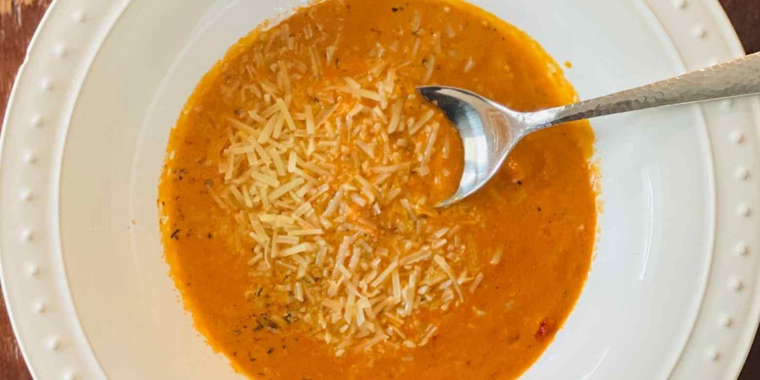 keto-tomato-basil-soup-recipe-low-carb